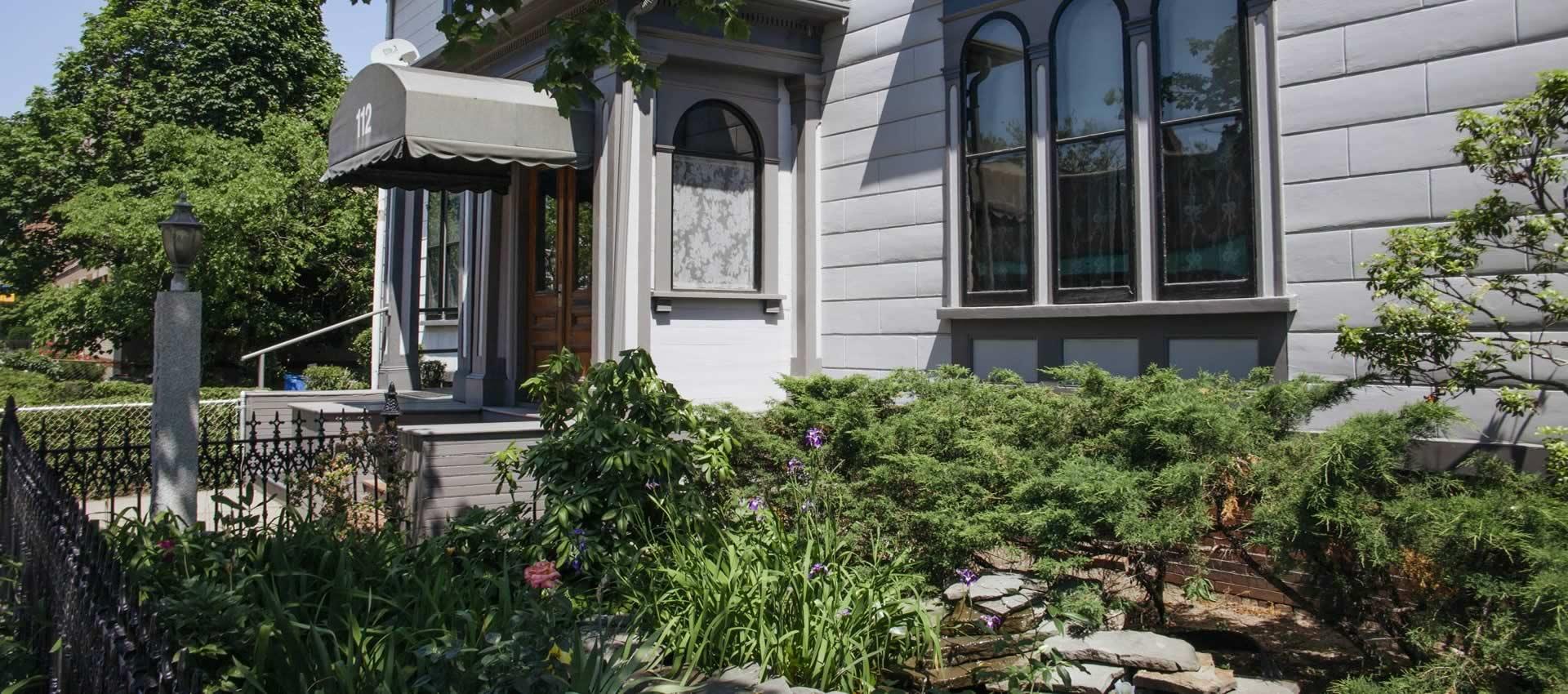 prospect-place-Inn-garden